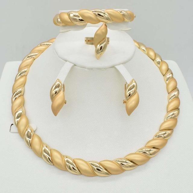 2018 חדש 4 סטי מכירה לוהטת דובאי זהב פלאט באיכות גבוהה תכשיטים סט אפריקה חתונת נשים תכשיטי סט עגיל