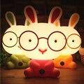 Óculos bonito Coelho Dos Desenhos Animados Do Quarto Do Bebê Luz Da Noite Crianças Cama Dormir Lâmpada Decoração Da Lâmpada Noite Eyeshield Candeeiro de Mesa