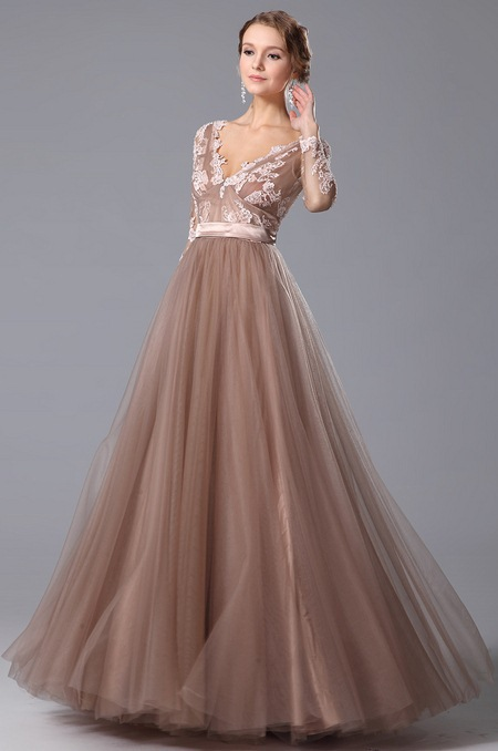 Дешевые вечерние платья с длинным рукавом