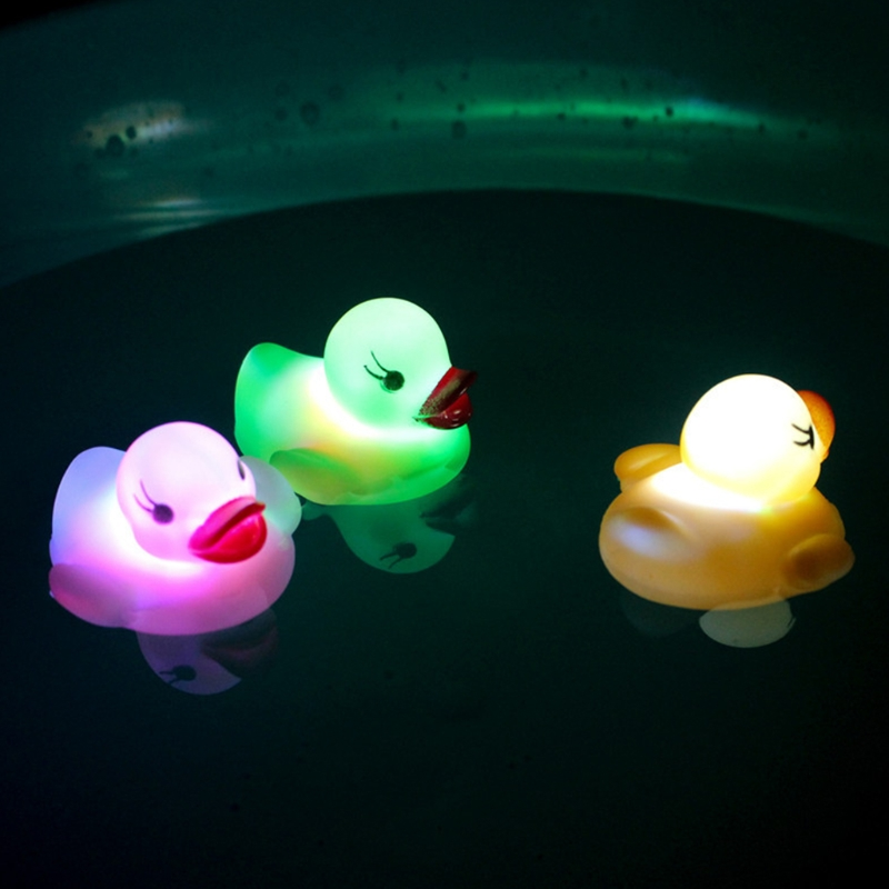 3PCS LED Flashing Light Rubber Floating Duck Bath Tub Shower Toy For Baby