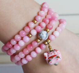 2015 6mm Pink Lily Jade Bracelet Lucky Ceramic Cat Pendant Gold Beads Jewelry Bracelet Multilayer Chain Necklace Natural Stone