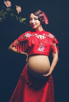 Fashion  Chinese Style Big Red Maternity Dresses For Photo Shoot Clothes For Pregnant Women Maternity Photography Props photo shoot