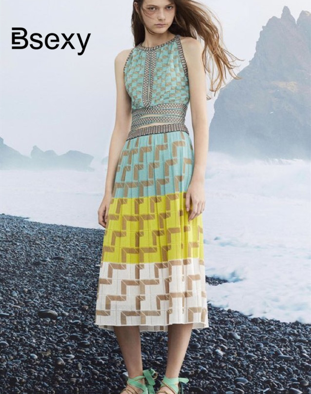 2019 Summer Women Knitting Dress Sexy Halter Neck Sleeveless Bohemian Plaid Long Sweater Dress ladies Boho