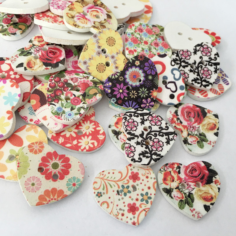 50 Pcs//Lot Colorful Mixed Heart Wooden Wood Buttons Sewing Scrapbooking