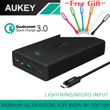 AUKEY 30000mAh Quick Charge 3.0 Power Bank Dual USB Output Mobile Portable Charger External Battery for iPhone Xiaomi Smartphone