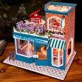Montagem DIY boneca de madeira em miniatura casa de café de cabine com móveis LED light brinquedo casa de bonecas para crianças adultos