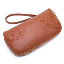 KANDRA Fashion Embroidered Leaf Women Long Wallet Capacity Leather Coin Purse Wrist Long Wallets Designer Card Holder Phone Bag