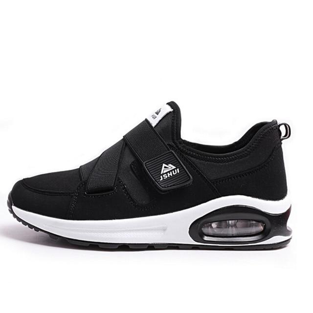Pria Menjalankan Sepatu Merek Athletic Slip Pada Pelari Sneakers Retro  Sepatu Lari Untuk Pria Sneakers Air f8805d07d8