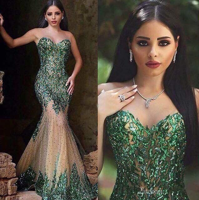 Vintage Arabic Long   Prom     Dresses   2019 Sheer O-Neck Sleeveless Floor Length Appliques Tulle Mermaid Evening Gowns Robe de soriee