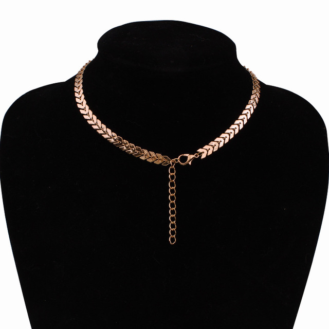 Temperament Fashion Fish Bone Chain New Hot Sequins Short Necklace Steampunk Tattoo Chain Clavicle Chain Necklace Women