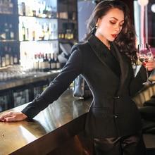 le palais vintage 2018W Classic Smoking Wool Jacket Chest Pad Velour Collar Slim Waist Horn Button Dark Pattern Short Coat