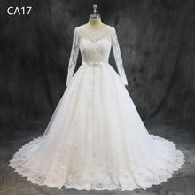 La MaxPa Classic Scoop Neck Long Sleeve Wedding Dresses