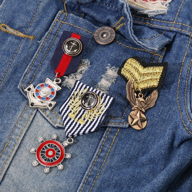 Brooches Pin Harajuku Badge Brooch Sex Piece Army Of Honor Men Jacket Coat Pectoral Needle Women Broches Pins Overwatch