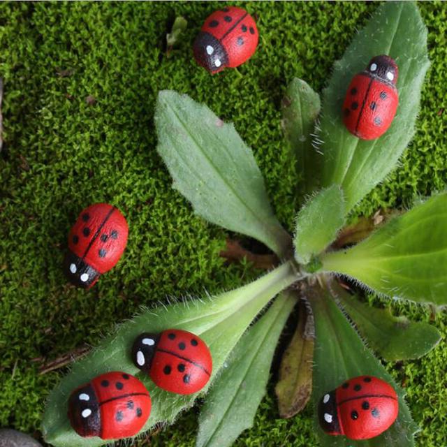 100pcs Mini Ladybug Ornament Miniature Ornaments for Garden Flower Plant Supplies Colorful Decorations