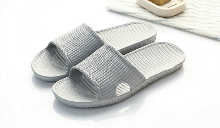 Cheap Price New Summer Home Bathroom Slippers Indoor Anti Slipper Soft Bottom Family Woman Man Slippers (7)