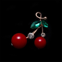 Mzc Halus Red Cherry Bros Kristal Brosh Kerah Pin Lencana Kerah Bros Kartun Buah Broches Perhiasan Bijoux Femme(China)