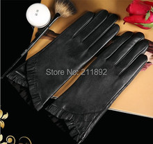 Free Shipping genuine leather, touch screen,top quality, black color ,lady glove ,fasion glove,1pair/bag