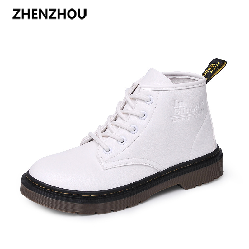Free shipping Zhenzhou 2017 new autumn/winter British flat boots students' rough and short boot with Martin boots short boots woman the fall of 2017 a new restoring ancient ways british wind thick boots bottom students with martin boots