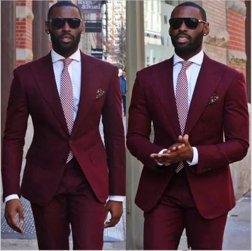 Burgundy Men Wedding Tuxedos Peak Lapel Two Button Groom Tuxedos 2019 Style Dress Men Business Dinner Suit(Jacket+Pants+Tie)