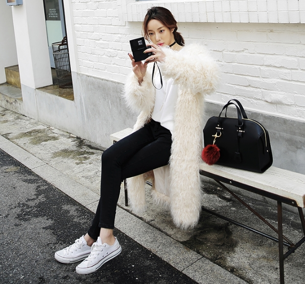 2018 winter new Korean version of the loose imitation Mongolian Sheep Fur jacket female long fashion coat Faux Fur coat