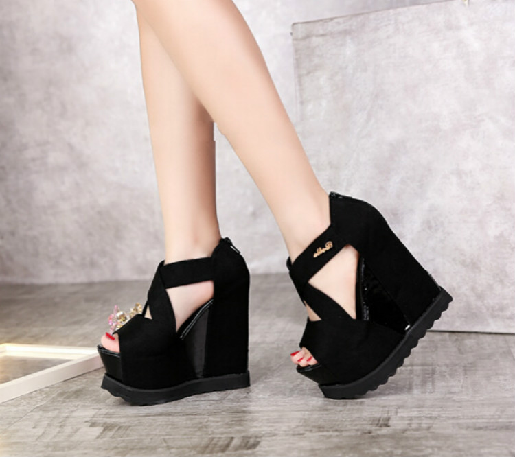 ФОТО Korean nightclub sexy cross octopus mouth shoes 14CM centimeters higher heavy-bottomed waterproof ultra-high wedge sandals