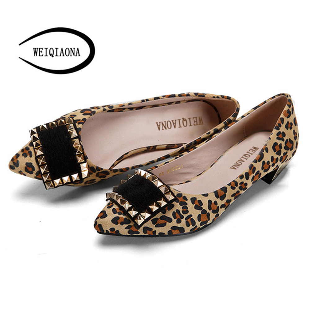 WEIQIAONA 2018 New Shoes Women Sexy Leopard Brand Design Vintage Rivets Flat Low Heel Pionted Toe Big Size 34-43 Party Shoes fashion tassels ornament leopard pattern flat shoes loafers shoes black leopard pair size 38