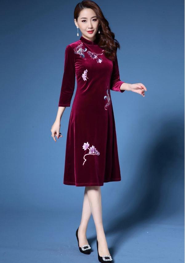 Grande taille automne hiver robe femmes élégant Sexy brodé robe Vintage à manches longues velours Robes vestidos mujer Robes