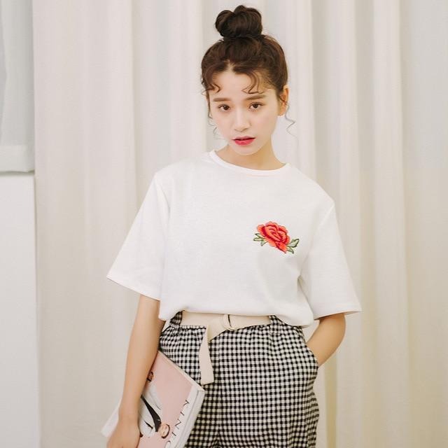 9e88b1e3 Kesebi 2018 Summer New Hot Fashion Women Korean Fresh Rose Embroidery Loose  T-shirts Female Casual Short Sleeve Loose Tops