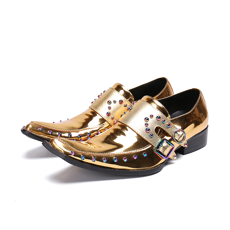 Hot Gold Men Shoes Rivets Embellished Spike Men Casual Shoes Square Toe Male Shoes Metal Belt Buckle Design Shoes Patent LeatherHot Gold Men Shoes Rivets Embellished Spike Men Casual Shoes Square Toe Male Shoes Metal Belt Buckle Design Shoes Patent Leather