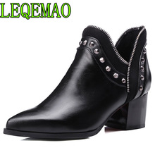 Rivets Chelsea Boots Leather Short Ankle Women Zipper Studded Martin Snow Booties Motorcycle Customized Big Size 34-43