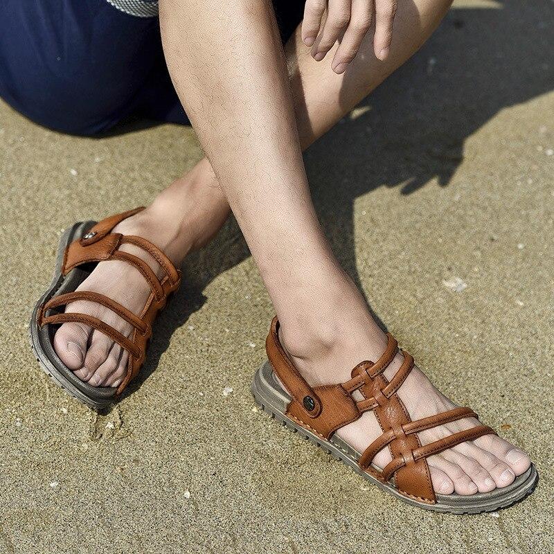 Nuevas sandalias suaves informales para hombre, cómodas sandalias de cuero de verano para hombre, sandalias romanas de verano para exteriores para playa, tallas grandes 38-44