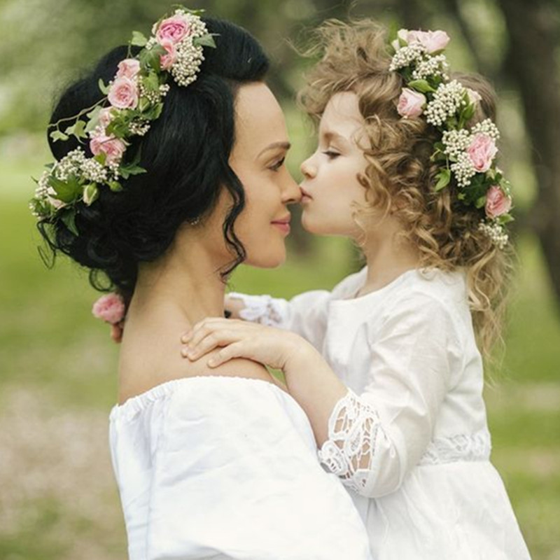 Mom And Me Flower Headband 2018 Summer Style Newborn Headband Flower Crown Mother Kids Matching Garland Hair Band Accessories
