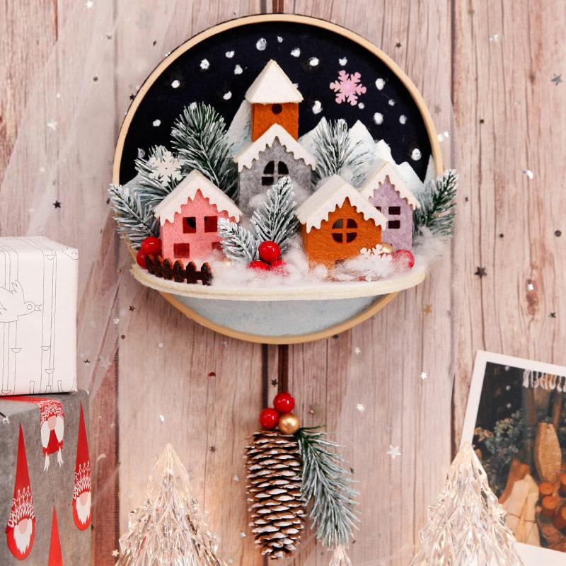 Hanging Christmas Decorations Wall.Christmas Theme Felt Circle Wall Hanging Ornament Kit Diy Needlework 30x18cm Felt Door Hanging For Room Decor Felt Diy Package