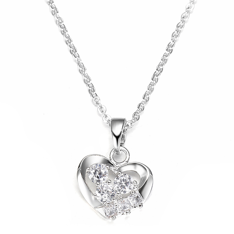 Fashion Heart Pendant Necklace Stainless Steel Chain Jewelry Personalized Ladies Gift Party Decorations