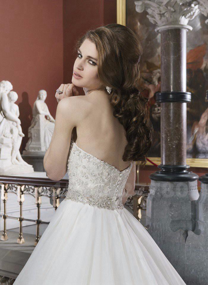 Vintage-Wedding-Dress-2015-Pearls-A-Line-Bridal-Dress-Romantic-Sweetheart-White-Long-Plus-Size-Wedding (3)