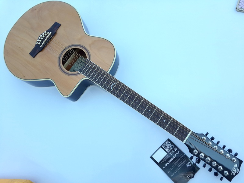 high quality 40inch 12 string acoustic guitar with tuner in guitar from sports entertainment. Black Bedroom Furniture Sets. Home Design Ideas