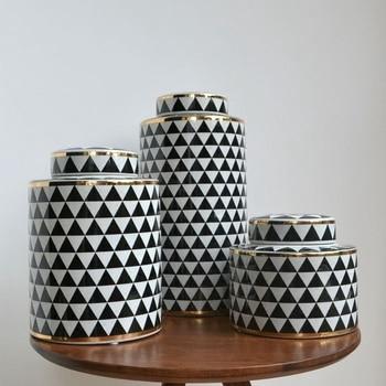 Modern decal gold rim  home decor  porcelain ceramic vase Jar