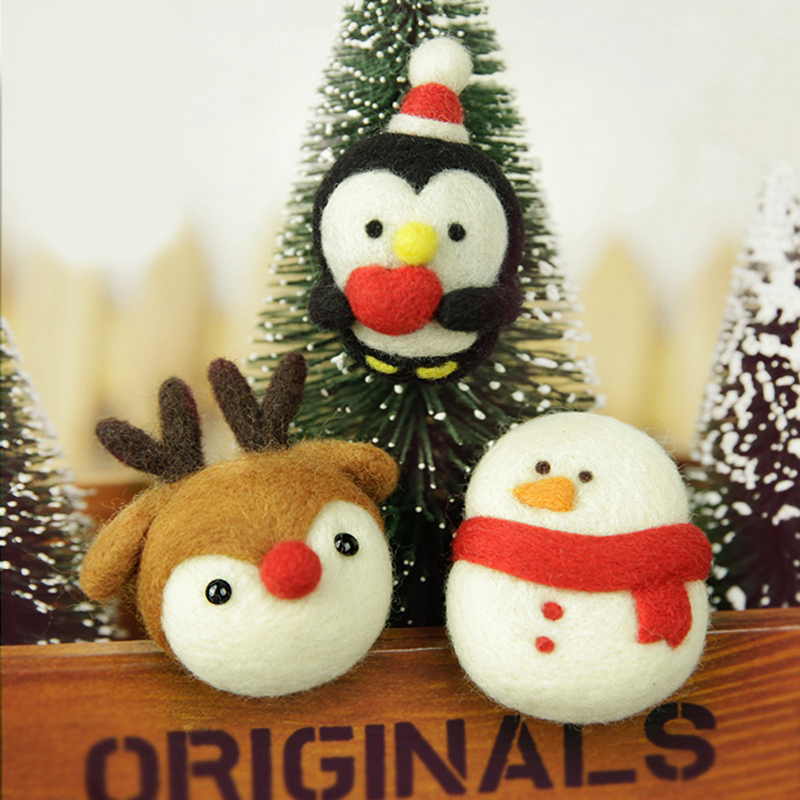 DIY Needle Felting Materail Package (with tools) for Christmas Snowman Decoration Hand Spinning Fun Doll Needlework Raw Crafts
