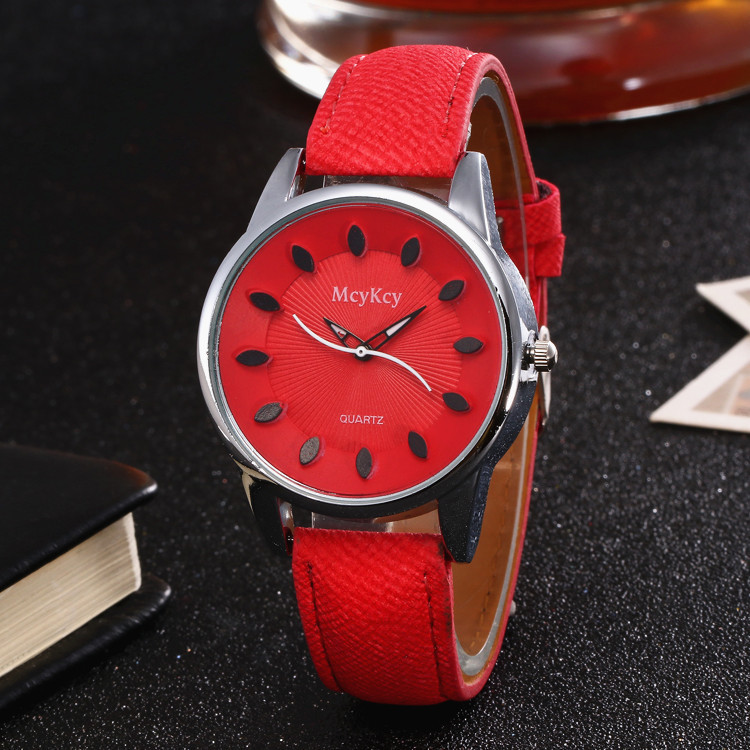 Luxury Leather Strap Women Dress Watch Quartz Watch faux leather strap ombre quartz watch