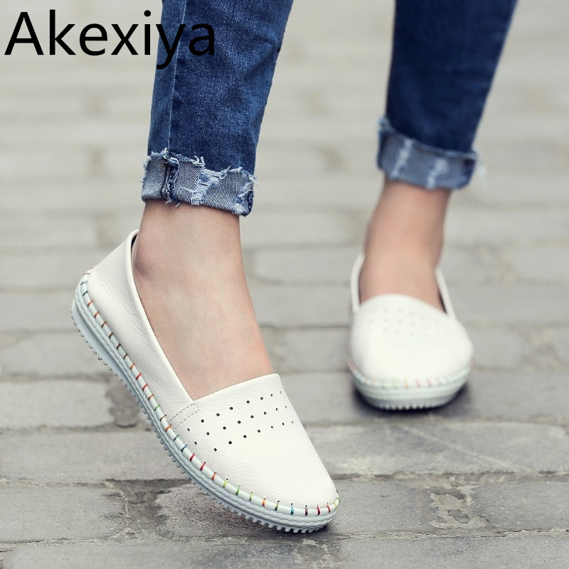 Akexiya New Driving Loafers Women Flats 2017 Spring Casual Soft Nubuck Leather Slip on Lady Moccasins Walking Boat Shoes ifo alex amata and job akpodiete agricultural biochemistry and methods