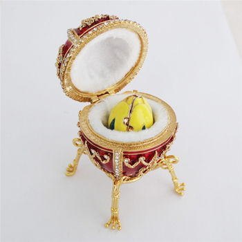 YAFFIL Jewelry Box Handcraft Red Vintage Egg Cases Rosebud Standing Box For Trinket Storage Luxury