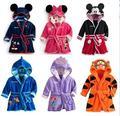 2015 novo bebê menina/menino dos desenhos animados Roupões Vestes Pijama Pequena Sereia Tigger crianças macia toalha De Banho 6 cores roupão de banho meninas 030