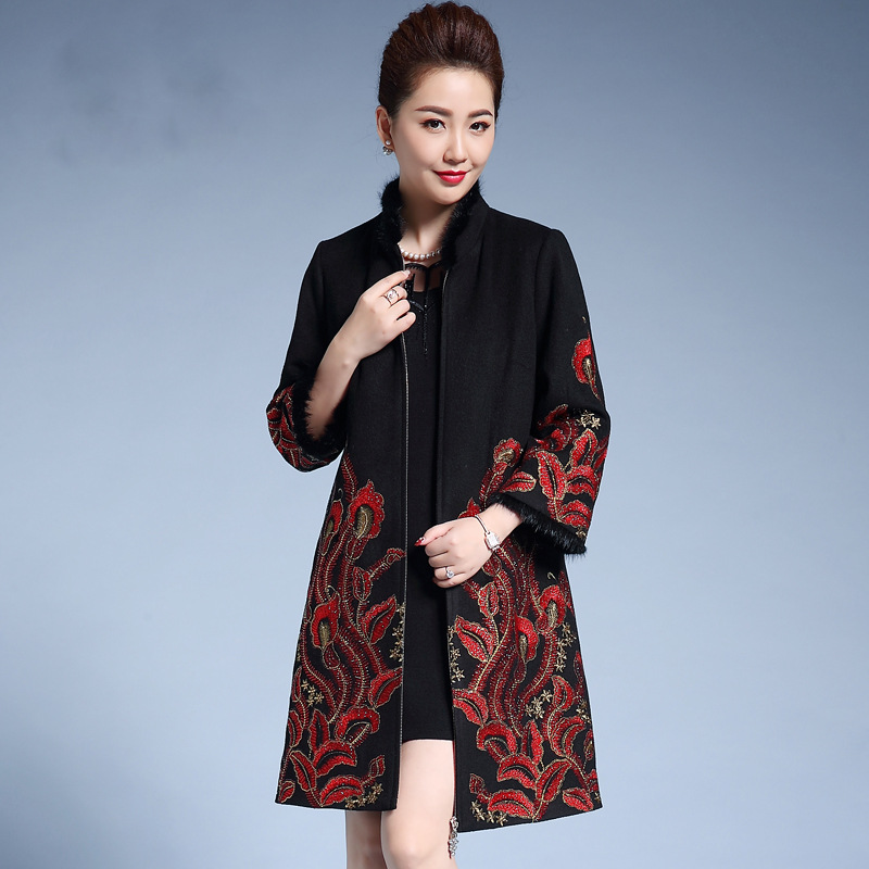 2019 New Female Jacquard Woolen Coat Women Ethnic Embroidery Cloak Hot Lining Thicken Warm Stand Collar Long Winter Coat 3XL 4XL