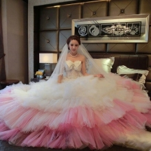 Charming Princess Ball Gowns Tulle Sweetheart Backless Custom Made Bridal Tiered White And Pink Wedding Dresses Vestido De Noiva