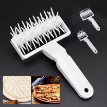 xmas Pizza elk Cookies DIY Baking Tool hot Plastic Pastry Dough Roller Needle Wheels Roller Pastry Pie Needle Bread Hole Punch(China)