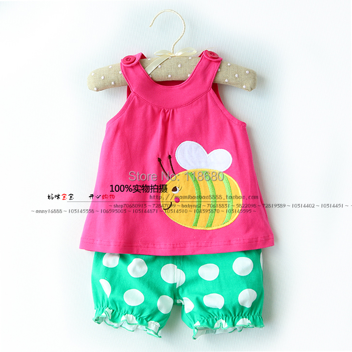 New arrival 2014 baby & kids clothes sets fashion baby girls Tank top + dot shorts sets Baby summer suit child vest + breeches 6 size new 2014 summer baby