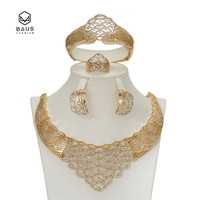 BAUS Dubai ladies Jewelry Set Bridal Wedding parts Gold jewelry Fashion suit Imitation crystal pendants garment accessories