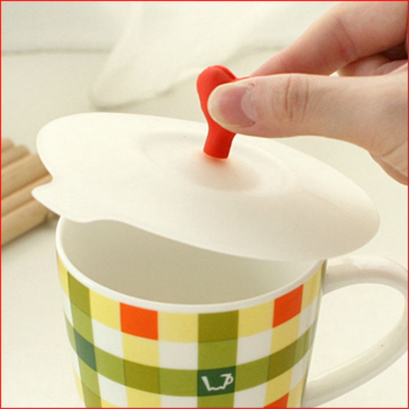 1pcs LINSBAYWU Creative Heart Non-toxic Silicone Cup Cover Leak-proof Coffee Mug Suction Lid Airtight Seal Cup Cover
