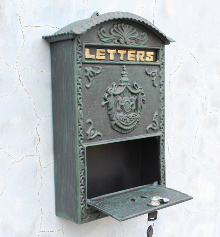 Cast Aluminum Mailbox Mail Box Dark Green Wall Mount Garden Decoration Metal Vintage Home Apartment Letters Post Box Lockable in Mailboxes from Home Garden