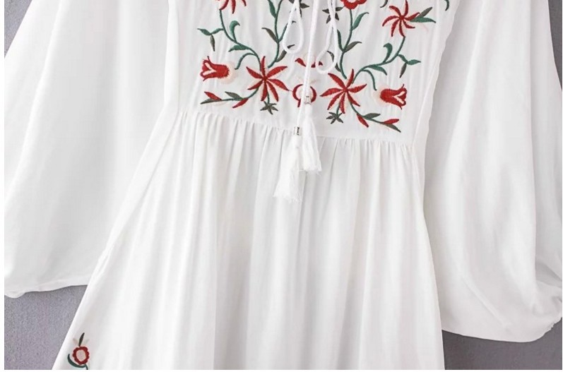 73fc0681acbd8 US $16.62 46% OFF JOYINPARTY Hot Sale Free Shipping Vintage 70s Mexican  Ethnic Embroidered Boho Hippie Loose Causel Women Chic Mini Dress-in  Dresses ...